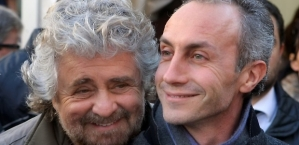 """Beppe Grillo, leader del Movimento 5 Stelle, con Marco Travaglio, vicedirettore del """"Fatto"""