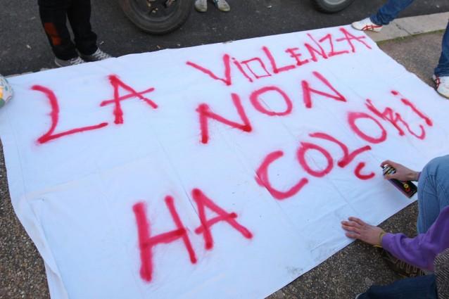 manifestazione-violenza-donne-638x425