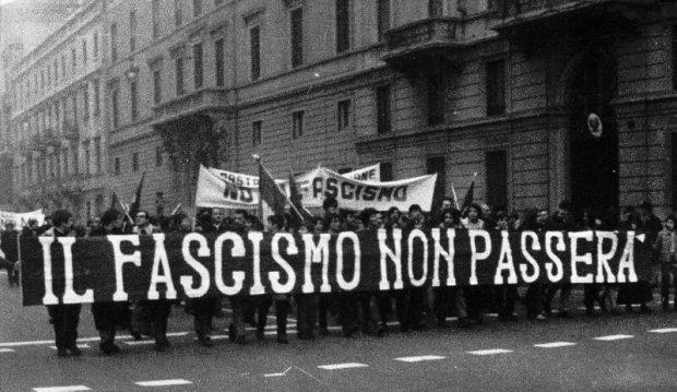 Manifestazione_antifascista-b64d8